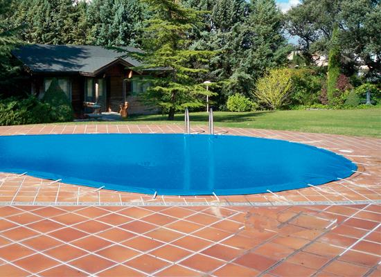 Cobertor de seguridad para piscina cobertores de for Cobertores para piscinas precios
